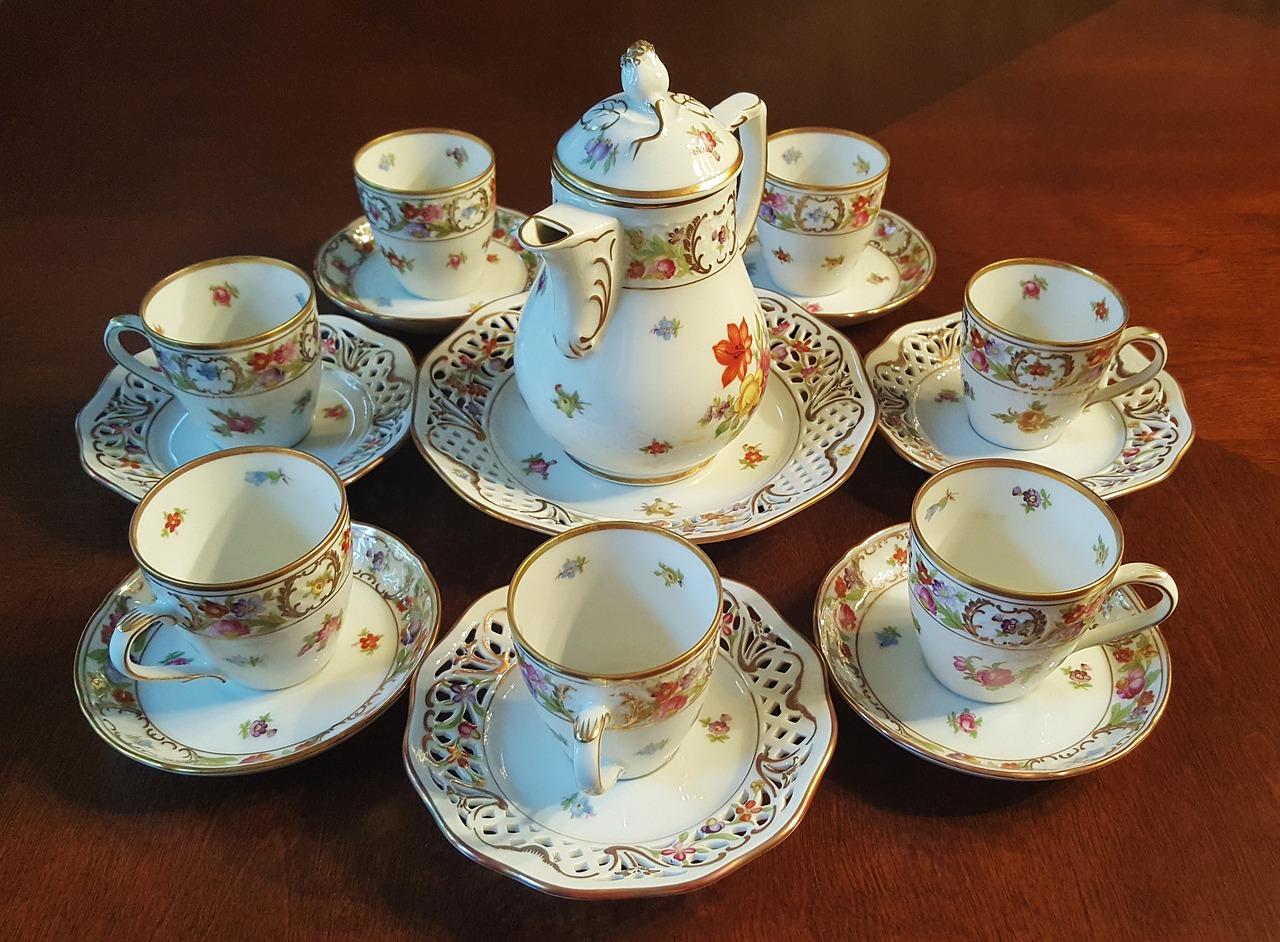 tea-set-1302432_1280