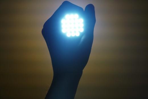 flashlight-2728582_1280